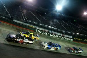 Tanner Gray, DGR-Crosley, Ford F-150 Ford Performance, 88, Parker Kligerman, Henderson Motorsports Chevrolet Silverado Food Country USA, Grant Enfinger, ThorSport Racing, Ford F-150 ADS/Lucas Oil