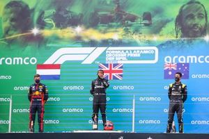 Max Verstappen, Red Bull Racing, 2nd position, Lewis Hamilton, Mercedes-AMG F1, 1st position, and Daniel Ricciardo, Renault F1, 3rd position, on the podium