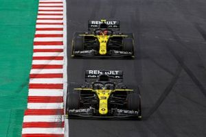 Daniel Ricciardo, Renault F1 Team R.S.20, Esteban Ocon, Renault F1 Team R.S.20