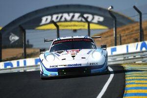 #56 Team Project 1 Porsche 911 RSR: Egidio Perfetti, Larry Ten Voorde, Matteo Cairoli