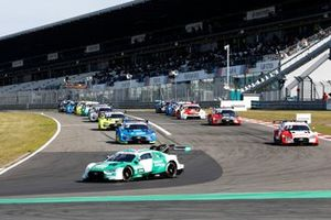 Nico Müller, Audi Sport Team Abt Sportsline, Audi RS 5 DTM davanti a tutti durante il giro di formazione