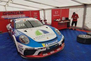 L'auto di Simone Iaquinta, Ghinzani Arco Motorsport, ai box
