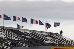 Haupttribüne am Circuit de Nevers in Magny-Cours