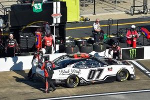 Garrett Smithley, SS Green Light Racing, Chevrolet Camaro pit stop