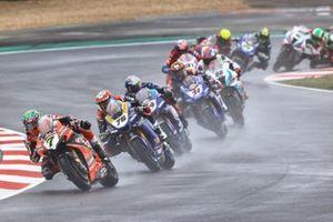 Chaz Davies, ARUBA.IT Racing Ducati, Loris Baz, Ten Kate Racing Yamaha, Toprak Razgatlioglu, Pata Yamaha