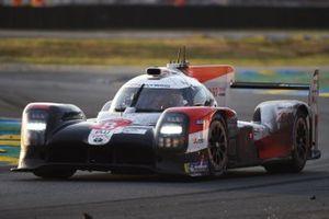 #8 Toyota Gazoo Racing Toyota TS050: Себастьен Буэми, Кадзуки Накаджима, Брендон Хартли