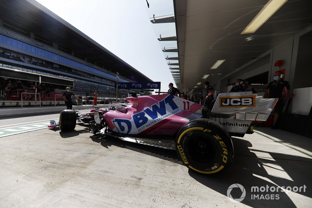 Sergio Perez, Racing Point RP20, esce dal garage