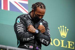 Race Winner Lewis Hamilton, Mercedes-AMG F1 celebrate on the podium