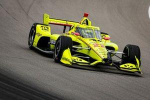 Simon Pagenaud, Team Penske Chevrolet con i danni dovuti all'incidente