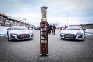 Meisterpokal der GT-World Challenge Europe Endurance