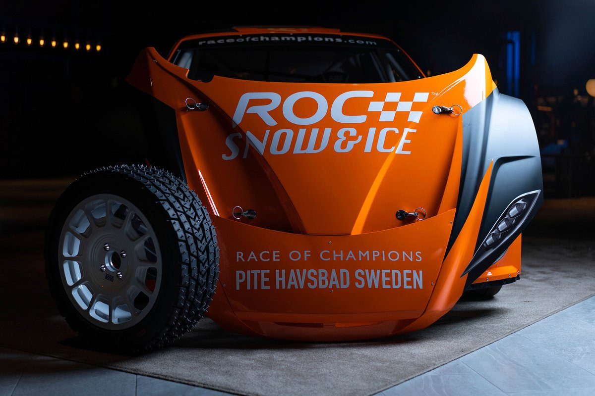 RX2e electric rallycross car in Race Of Champions livery