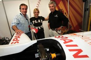 Carlos Sainz, Maria De Villota, Team Spain Atletico Madrid and her Father Emilio de Villota