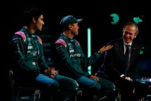 Lance Stroll, Aston Martin, Sebastian Vettel, Aston Martin, and Andrew Green, Technical Director, Aston Martin