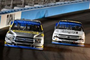 Grant Enfinger, ThorSport Racing, Ford F-150 Champion/Curb Records and Sheldon Creed, GMS Racing, Chevrolet Silverado Chevy Accessories/Trench Shoring