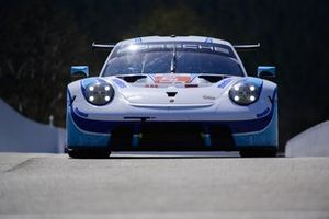 #56 Team Project 1 Porsche 911 RSR - 19: Egidio Perfetti, Matteo Cairoli, Riccardo Pera