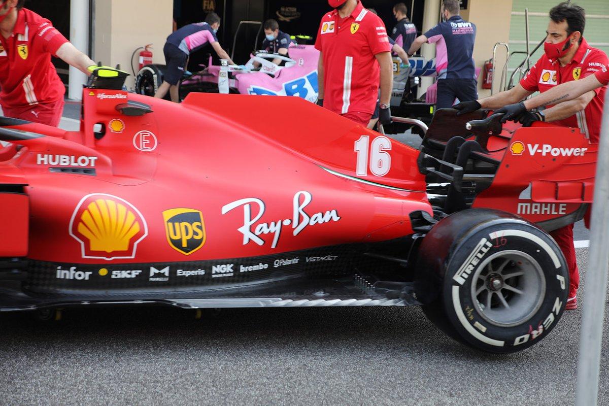 Ferrari SF1000: Motorhaube/Unterboden
