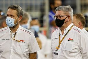 Steve Neilsen, FOM, and Ross Brawn, Managing Director of Motorsports, FOM