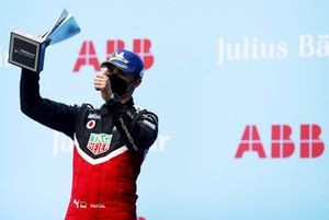 Pascal Wehrlein, TAG Heuer Porsche, 2nd position, with his trophy