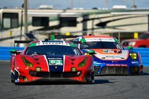 #63 Scuderia Corsa Ferrari 488 GT3, GTD: Ryan Briscoe, Ed Jones, Marcos Gomes, Bret Curtis