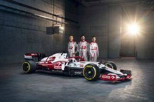 Antonio Giovinazzi, Kimi Raikkonen, Robert Kubica, Alfa Romeo Racing C41