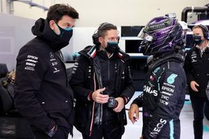Toto Wolff, Executive Director (Business), Mercedes AMG, and Lewis Hamilton, Mercedes-AMG F1
