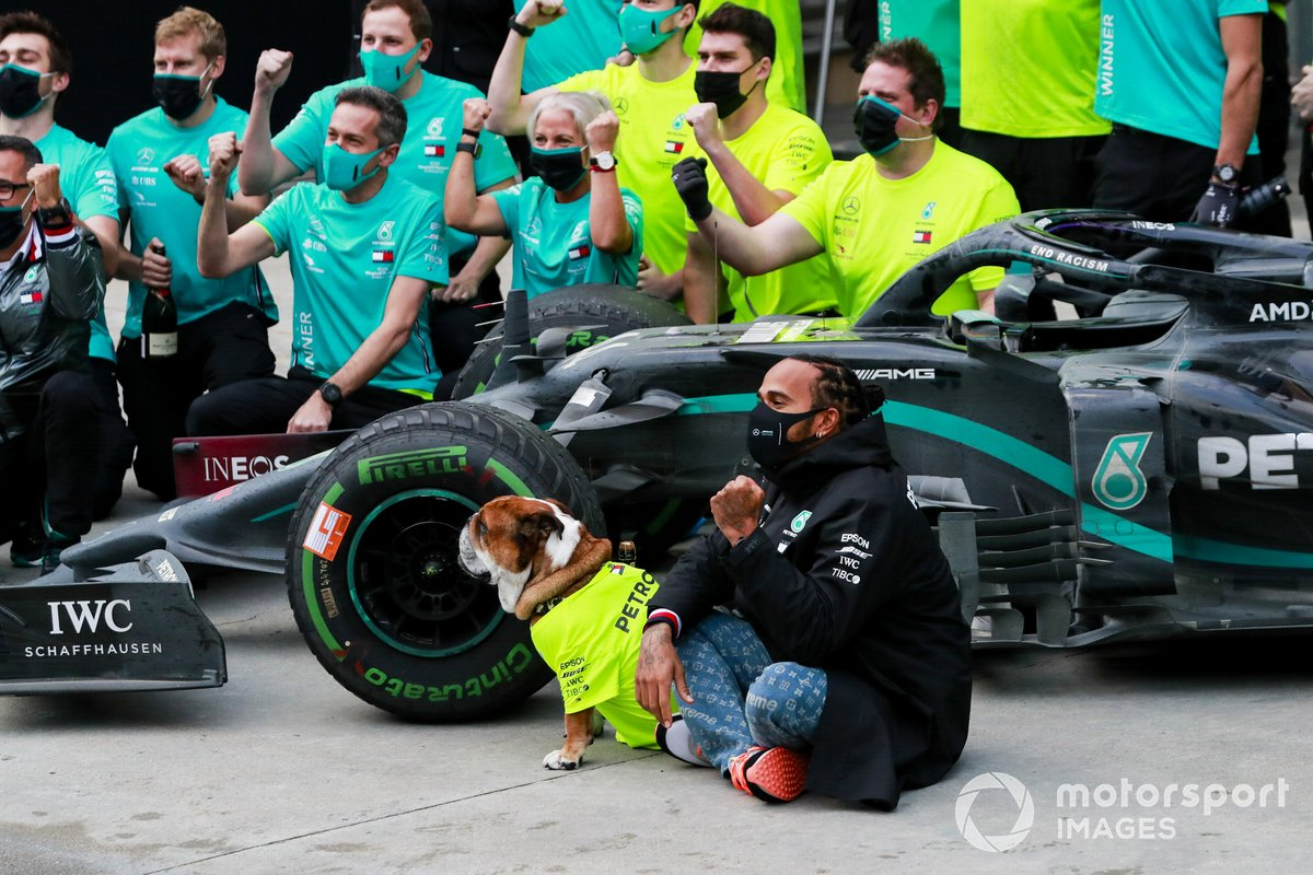 Lewis Hamilton, Mercedes-AMG F1, 1st position, and the Mercedes team celebrate after having secured a seventh world drivers championship title