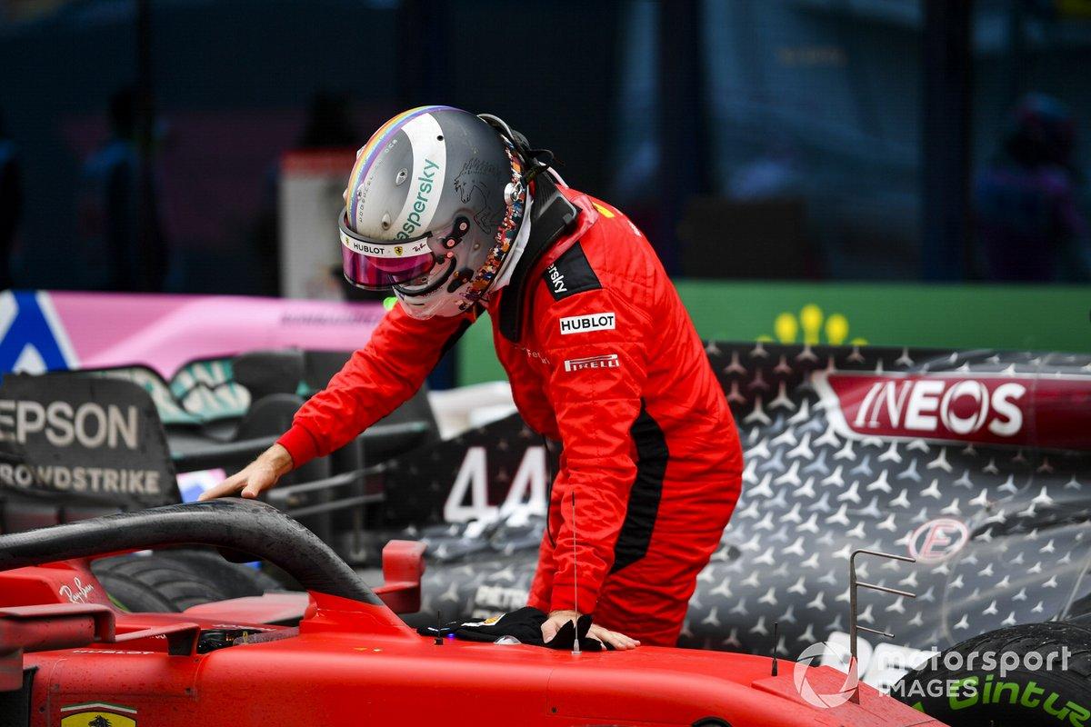 Tercer lugar Sebastian Vettel, Ferrari en Parc Ferme