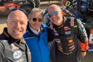 #347 Jefferies and Maxxis Dakar Team: Tim Coronel, Tom Coronel with Jacky Ickx