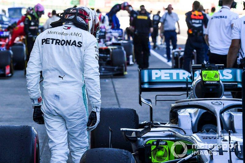 Lewis Hamilton, Mercedes AMG F1, terzo classificato, al Parc Ferme