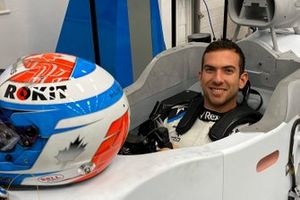 Nicholas Latifi, Williams FW43 seat fitting