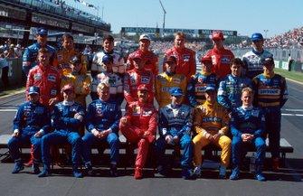 Групповое фото пилотов Ф1 1996 года