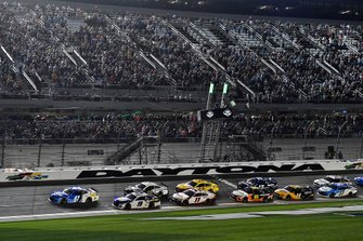 Ricky Stenhouse Jr., JTG Daugherty Racing, Chevrolet Camaro Kroger leads