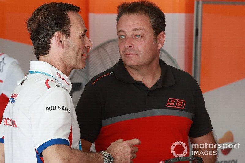 Руководитель Repsol Honda Team Альберто Пуч и Эмилио Альсамора
