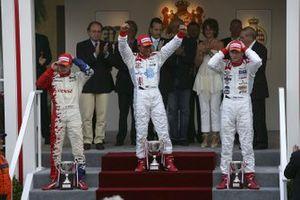 Le podium : Lewis Hamilton, ART Grand Prix, Franck Perera, DAMS, Alexandre Premat, ART Grand Prix