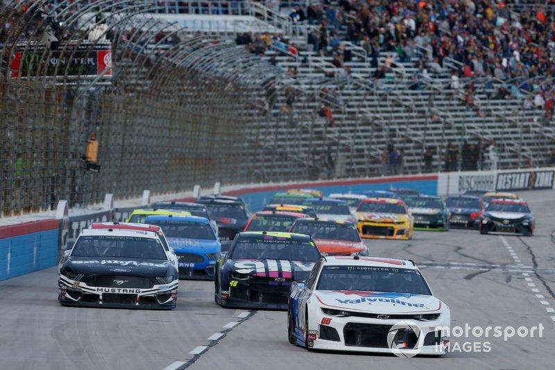Jimmie Johnson, Hendrick Motorsports, Chevrolet Camaro Ally Fueling Futures Alex Bowman, Hendrick Motorsports, Chevrolet Camaro Valvoline