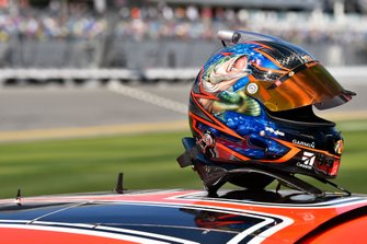 Helm: Martin Truex Jr., Joe Gibbs Racing