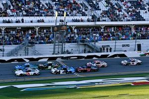 Kyle Larson, Chip Ganassi Racing, Chevrolet Camaro AdventHealth, Chase Elliott, Hendrick Motorsports, Chevrolet Camaro Mountain Dew Zero Sugar, Ryan Newman, Roush Fenway Racing, Ford Mustang Koch Industries, Clint Bowyer, Stewart-Haas Racing, Ford Mustang Mobil 1, Erik Jones, Joe Gibbs Racing, Toyota Camry Sports Clips, Denny Hamlin, Joe Gibbs Racing, Toyota Camry FedEx Express
