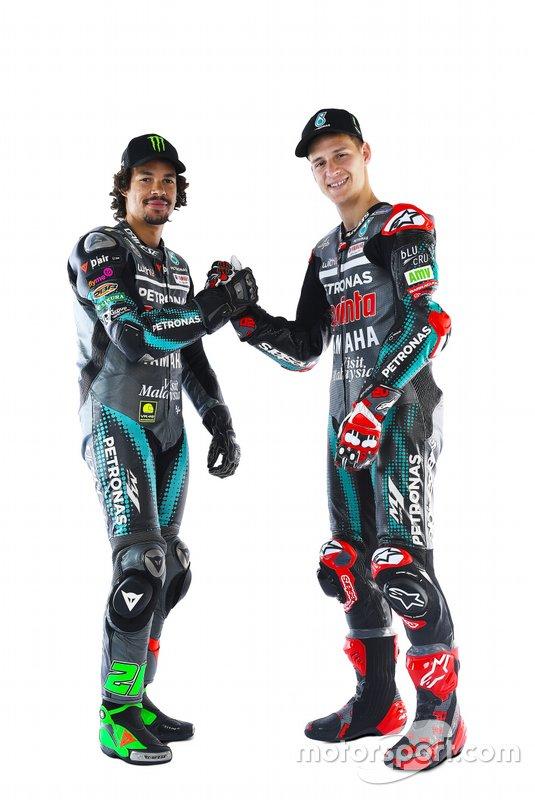 Гонщики Petronas Yamaha SRT Фабио Куартараро и Франко Морбиделли
