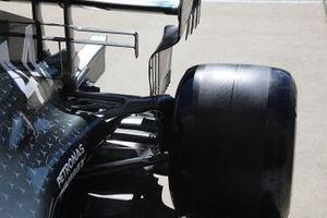 Mercedes AMG F1 W10, sospensione posteriore