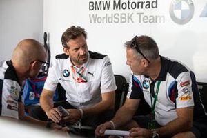Shaun Muir, BMW World Superbike Team, Marc Bongers, BMW Motorrad Motorsport Director