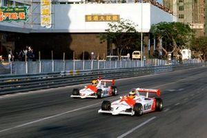 Roberto Guerrero, Eddie Jordan Racing / Theodore Racing ahead of Ayrton Senna, Theodore Racing