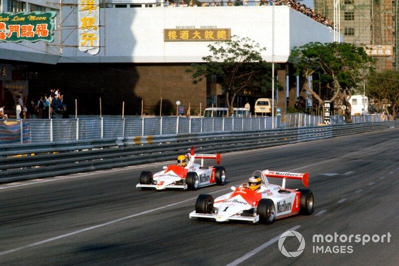Roberto Guerrero, Eddie Jordan Racing / Theodore Racing por delante de Ayrton Senna, Theodore Racing