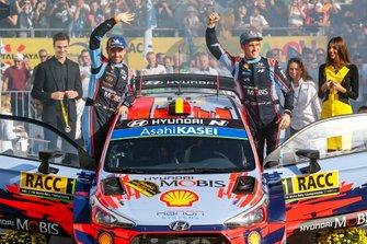 Thierry Neuville et Nicolas Gilsoul, Hyundai Motorsport, vainqueurs du rallye