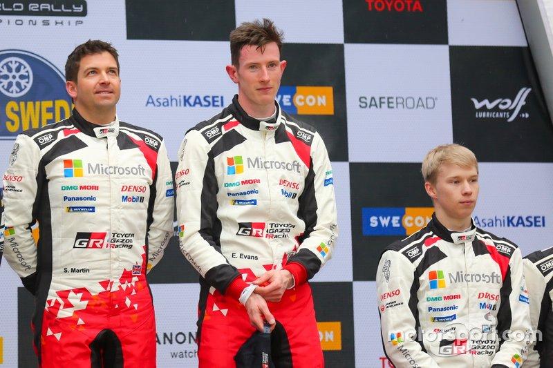 Podio: Il vincitore Elfyn Evans, Scott Martin, Toyota Gazoo Racing WRT Toyota Yaris WRC, Kalle Rovanperä, Toyota Gazoo Racing