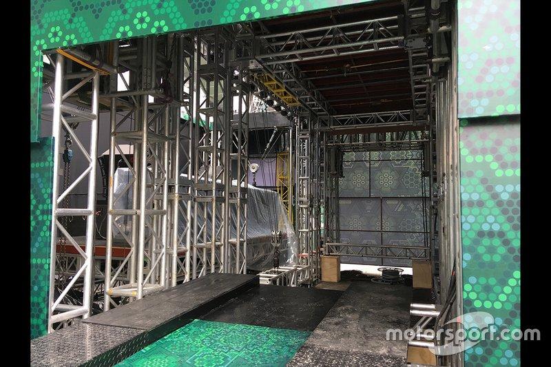Podium lift in Mexico