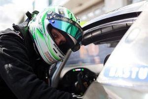 #48 Mercedes-AMG Team Mann Filter Mercedes-AMG GT3: Tim Scheerbarth