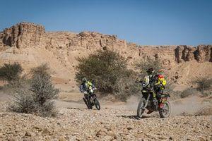 #19 SLOAVNFT Rally Team KTM: Stefan Svitko, #21 Honda: Daniel Nosiglia Jager