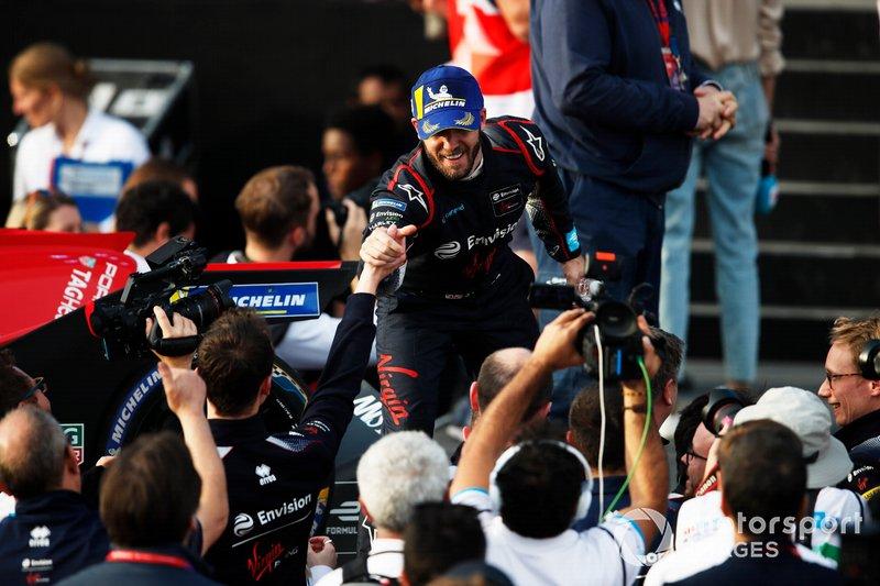 Sam Bird, Virgin Racing, celebrates with his team.