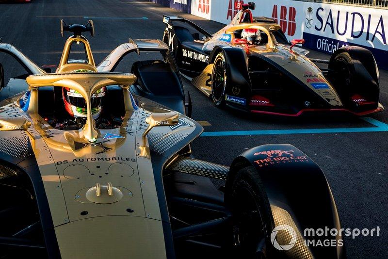 Antonio Felix da Costa, DS Techeetah, DS E-Tense FE20 ahead of Jean-Eric Vergne, DS Techeetah, DS E-Tense FE20 on the grid