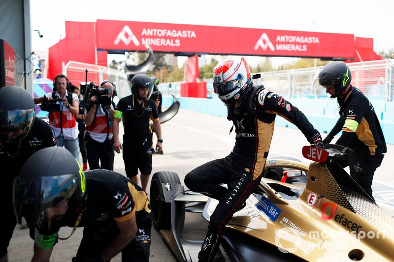 Jean-Eric Vergne, DS Techeetah, DS E-Tense FE20, retires from the race